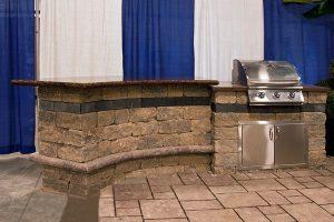 Outdoor kitchen islands