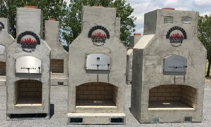 Outdoor Combo Fireplace and Pizza Oven from Round Grove Products in Ohio