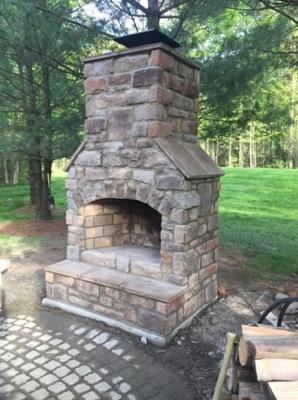 Outdoor Fireplace near Medina Ohio